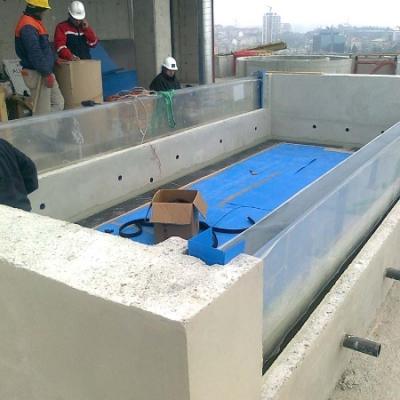 Weir edge pool panels Istanbul penthouse