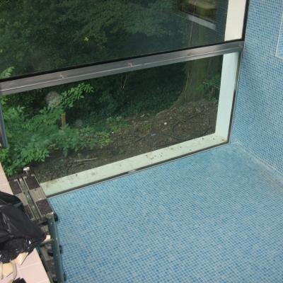 pool window